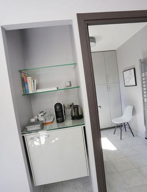 frigo, cafetière, salle de bain individuels, maison d'hôtes